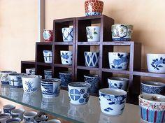 Sobachoko cups (L), Arita porcelain.
