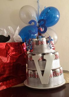 #33 cherrs for #33 years!  Cake can beer...  husband gift 🎁