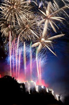 Edinburgh Fireworks - http://epicfireworks.com/blog/2013/05/edinburgh-international-festival/