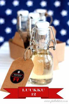 Diy Presents, Food Gifts, Yummy Treats, Mason Jars, Coffee Maker, Mugs, Tableware, Christmas, Smooth