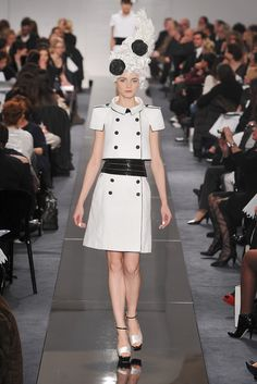 Chanel Spring 2009 Couture - Collection - Gallery - Style.com