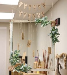 Hope and Dreams! One of my most favorite family involvement activities for beginning of the year! Check out this beautiful hopes Reggio Emilia Classroom, Reggio Inspired Classrooms, New Classroom, Classroom Setup, Classroom Design, Classroom Displays, Preschool Classroom, Classroom Setting, Kindergarten
