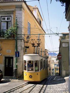 Funicular at Elevador Da Bica, Lisbon, Portugal Fotoprint