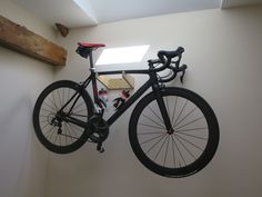 MAURAD is a birch plywood bicycle wall mount. Bicycle Wall Mount, Diy Wall, Diy Home Decor, Art Pieces, Loft, Bike, Projects, Beautiful, Bicycle
