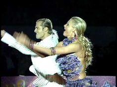 世界拉丁舞冠軍-Riccardo Cocchi & Yulia Zagoruychenko 2 http://www.youtube.com/watch?v=wAGVwqwMOD4#