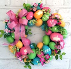 Say Happy Easter and Welcome Spring with these gorgeous DIY Easter Wreaths and Door Decorations! Easter Wreaths, Holiday Wreaths, Holiday Crafts, Spring Wreaths, Easter Projects, Easter Crafts, Easter Decor, Easter Ideas, Easter Centerpiece