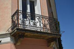 Znalezione obrazy dla zapytania balkon kamienica Stairs, Home Decor, Stairway, Decoration Home, Room Decor, Staircases, Home Interior Design, Ladders, Home Decoration