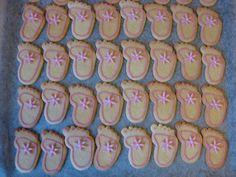Makeaahyvää: Vauvan jalka -pikkuleivät