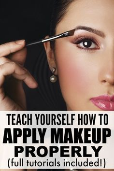 From foundation and contour, to blush and eyebrows, to eyeshadow and eyeliner, this collection of makeup tutorials is just what you need to teach yourself not only how to apply makeup, but how to apply makeup properly. .