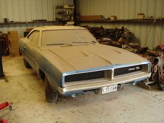 Dodge Charger 440 R/T - The Mustang Specialist Junkyard Cars, Dodge Muscle Cars, Car Barn, 1969 Dodge Charger, Volkswagen, Rusty Cars, Abandoned Cars, Abandoned Vehicles, Mopar