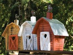tip to self...birdhouse always look so much neater grouped in 3