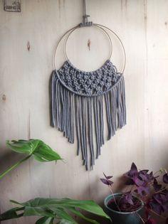 ludorn-macramee-wandbehang-goldhaupt