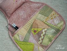 Sofa pocket - crazy quilt by Ulla's Quilt World I have dyed the fabrics by plants.