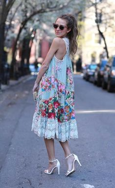 Ways You Can Wear Tea Dresses - DesignerzCentral