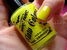 Manic Panic Electric Banana Claw Colors #notd #nails #neon