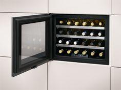 Compacte wijnbewaarkast van AEG