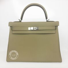 b067b8ecc28 32cm Trench Kelly in Togo Leather with Palladium Hardware
