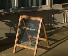 97 images about MY SECOND DATE. on We Heart It | See more about aesthetic, brown and food Korean Aesthetic, Brown Aesthetic, Aesthetic Photo, Aesthetic Pictures, Summer Aesthetic, Wayfinding Signage, Signage Design, Cafe Design, Cafe Signage