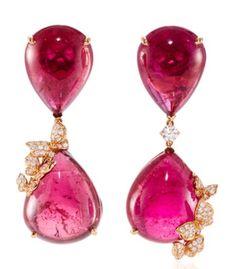 Vanleles Earrings