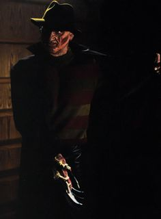 Wes Craven's New Nightmare: Promotional Gallery New Nightmare, Nightmare On Elm Street, Freddy Krueger, Slasher Movies, Horror Movies, Freddy's Nightmares, Jason X, Wes Craven, Robert Englund