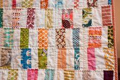 craftyblossom: scrappy bar quilt.