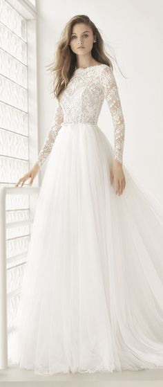 Rosa Clará Couture Collection Wedding Dress by Rosa Clara Bridal Dream Wedding Dresses, Bridal Dresses, Wedding Gowns, Party Wedding, Winter Wedding Dresses, Dress Winter, Dresses In Winter, Wedding Dress Tulle, Fall Wedding