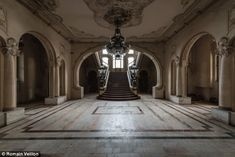 A sweeping staircase would greet the wealthy as they entered the casino during its glory days