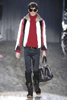 Gucci Fall 2007 Menswear Collection Slideshow on Style.com