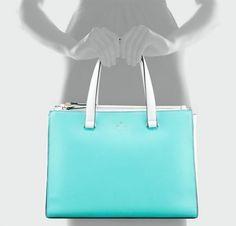 Kate Spade Battery Park Evalyn fourre-tout Battery Park, Kate Spade Purse, Marchesa, Shades Of Blue, Neiman Marcus, High Fashion, Dior, Two By Two, Tote Bag