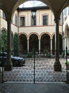 Milano Gates
