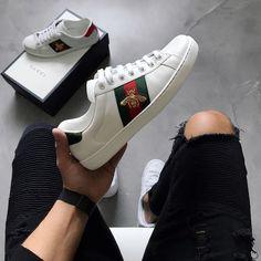 a15a04e133 Achados  30 sapatos incríveis que todo homem precisa ter