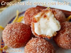 CROQUETAS DE ARROZ CON LECHE Gourmet Desserts, Plated Desserts, Spanish Tapas, Spanish Food, Antipasto Platter, French Pastries, How Sweet Eats, Culinary Arts, Baking Recipes
