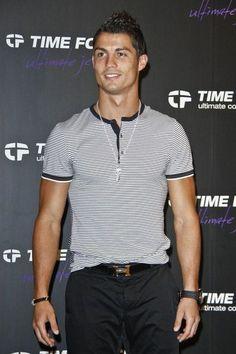 Cristiano Ronaldo fashion - Hermes belt
