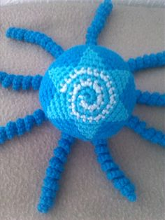 Mysterieus niet? Pretty Clothes, Pretty Outfits, Preemie Octopus, Cute Gifts, Crocheting, Crochet Necklace, Pattern, Octopus, Legs