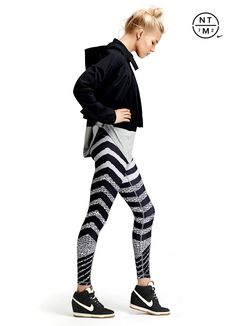Nike Running tights / leggings --- they look so cute tops Cute Athletic Outfits, Cute Gym Outfits, Sport Outfits, Affordable Workout Clothes, Sexy Workout Clothes, Workout Attire, Workout Wear, Sport Fashion, Fitness Fashion