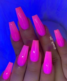 51 Pretty Crystal Nails Art Designs in Summer 2019 Neon Pink Nails, Dark Pink Nails, Summer Acrylic Nails, Cute Acrylic Nails, Acrylic Nail Designs, Orange Ombre Nails, Matte Pink, Pink Acrylics, Blush Pink