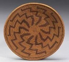 antiques price guide, antiques priceguide, native american, California, A California Maidu coiled basketry tray, tightly woven with radiating lightning devices.