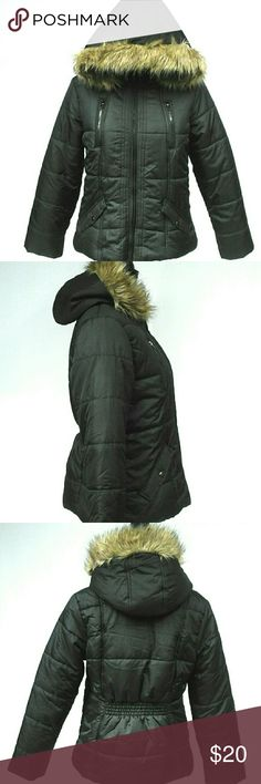Hooded Faux Fur Trim Puffer Jacket Coat Hooded Faux Fur Trim Puffer Jacket Coat Puffer collection: krush closure: zipper fur type: faux fur vents: non-vented material: 100% polyester: fabric type: polyester specialty: hooded  This coat is new with out tag. Krush Jackets & Coats Puffers