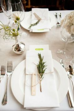 winter white place setting