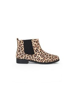 REDBOOK Shoe Watch: 12 Can't-Live-Without Ankle Booties I want these too!