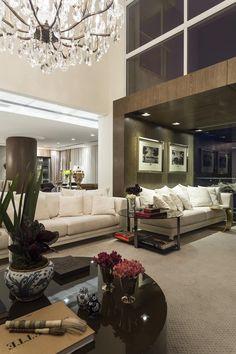 Galeria da Arquitetura | Apartamento Gabrielle - Projetado pelo escritório Mauricio Karam Arquitetura, o apartamento Gabrielle mistura estilo clássico ao contemporâneo de forma harmoniosa