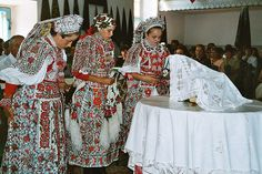 Inaktelke August 2003 | Flickr - Photo Sharing! World Cultures, Traditional Dresses, Folk, Kimono Top, Costumes, Times, Beautiful, Fashion, Hungary