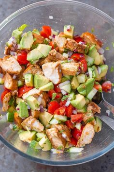 Healthy Avocado Chicken Salad - This salad is so light, flavorful, and easy to make! Perfect for your next barbecue or potluck! Avocado Chicken Salad - This salad is so light, flavorful, and easy to make! Perfect for your next barbecue or potluck! Healthy Meal Prep, Healthy Salads, Healthy Dinner Recipes, Cooking Recipes, Eating Healthy, Easy Clean Eating Recipes, Healthy Recipe Websites, Cooking Games, Healthy Lunch Meals