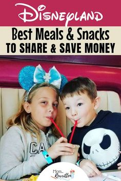 What are the best meals and snacks for sharing at Disneyland? These money-saving tips tell you where to dine & what to order! #MomRewritten #Disneyland #DisneyTips | Disney Dining | Disney Food Disneyland Secrets, Disneyland Food, Disneyland Vacation, Disney Vacations, Disney Travel, Family Vacations, Cruise Vacation, Disneyland Hacks, Disneyland Christmas