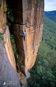 Stefan Glowacz onsighting Soul Catcher (25), Porterâ's Pass, Blue Mountains, NSW, Australia.