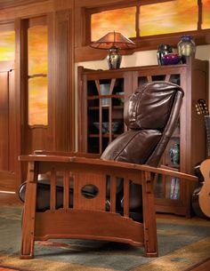 Craftsman style furniture represented a complete departure from the over-embellished furnishings of the Victorian period. Craftsman style furniture was initially known as Mission furniture. Craftsman Style Furniture, Mission Style Furniture, Craftsman Style Homes, Mission Style Decorating, Mission Style Homes, Leather Furniture, Cool Furniture, Furniture Design, Amish Furniture