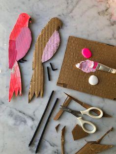 Lovebirds for Your Lovebird: Easy Cardboard Valentines! — super make it Projects For Kids, Diy For Kids, Crafts For Kids, Craft Projects, Holiday Crafts, Fun Crafts, Diy And Crafts, Arts And Crafts, Cardboard Crafts