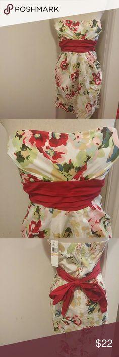 Speechless brand new strapless dress Strapless dress by Speechless. Brand new with tags. Beautiful print cotton with sash & 2 front hidden pockets. Speechless Dresses Mini
