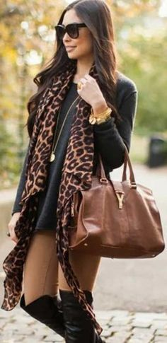 long black boots, leopard scarf and bag so cute! Fall Winter Outfits, Autumn Winter Fashion, Casual Winter, Winter Dresses, Look Fashion, Womens Fashion, Fashion Trends, Fall Fashion, Ladies Fashion