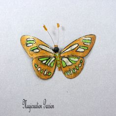 "magnet papillon plastique 8.5 cm bronze, beige, vert  ""Osiris"" +1 aimant : décoration murale, lampe, abat-jour, rideau, made in France Wrought Iron Decor, Bronze, Beige, Gold Glitter, Insects, Magnets, Decoration, Butterfly, Curtains"